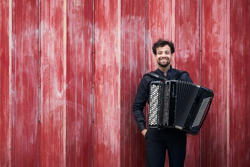 Samuele Telari accordionist